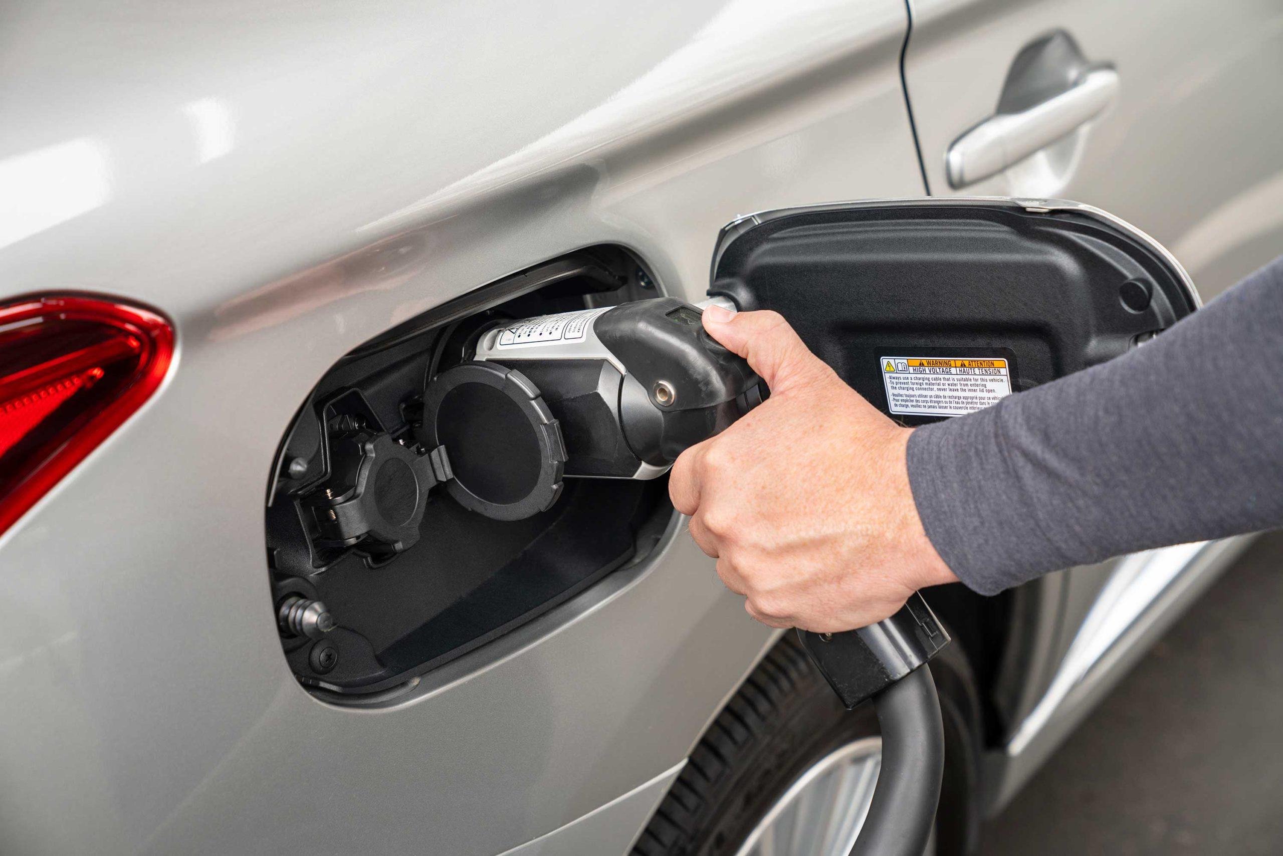 2021 Mitsubishi Outlander PHEV charging ports