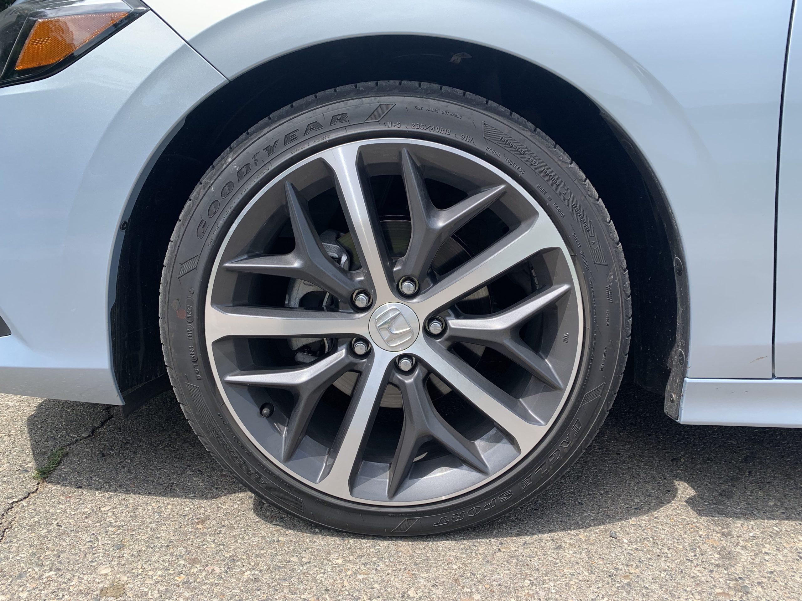 2022 Honda Civic sedan wheels