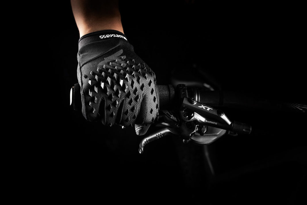 bluegrass prizma 3d gloves spiky rubber prisms impact protection knuckles forehand
