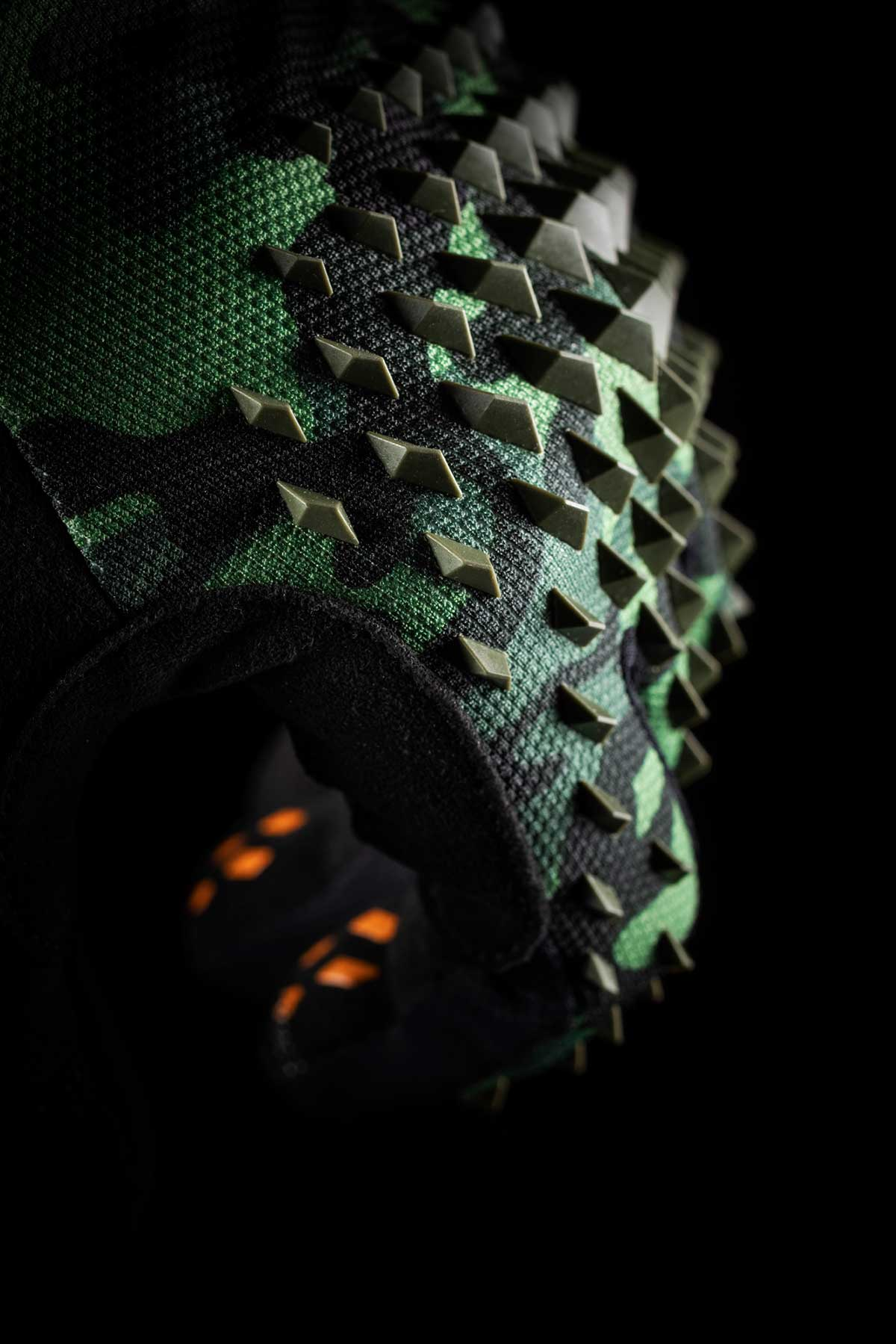 bluegrass prizma 3d impact protection mtb gloves green forehand detail spiky rubber prisms