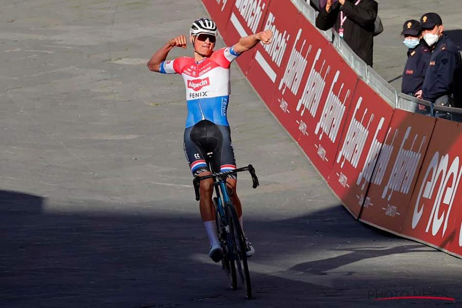 Selle Italia Flite Boost Pro Team Kit Carbonio Superflow road saddle, MvdP Strade Bianche win