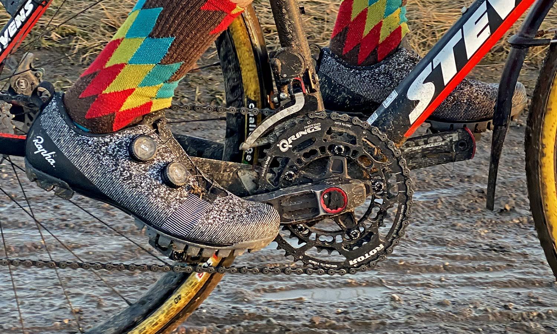 Rapha Explore Powerweave carbon-soled gravel shoe review,riding detail