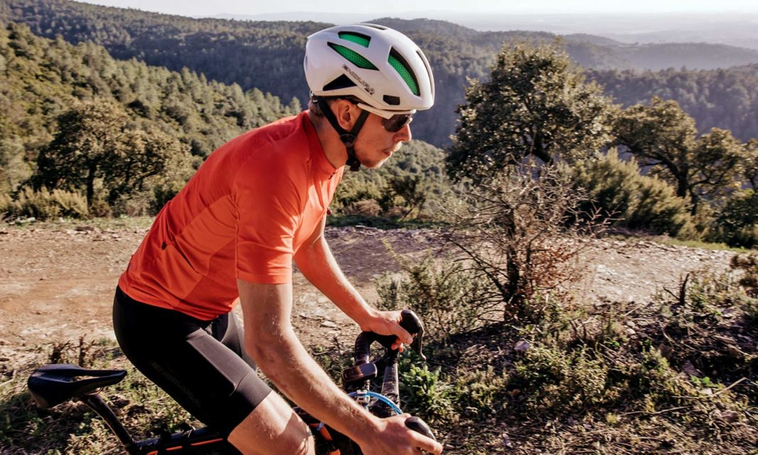 Endura GV500 Gravel Collection clothing, Dirty Reiver & Aberfoyle off-road-ready cycling kit,riding