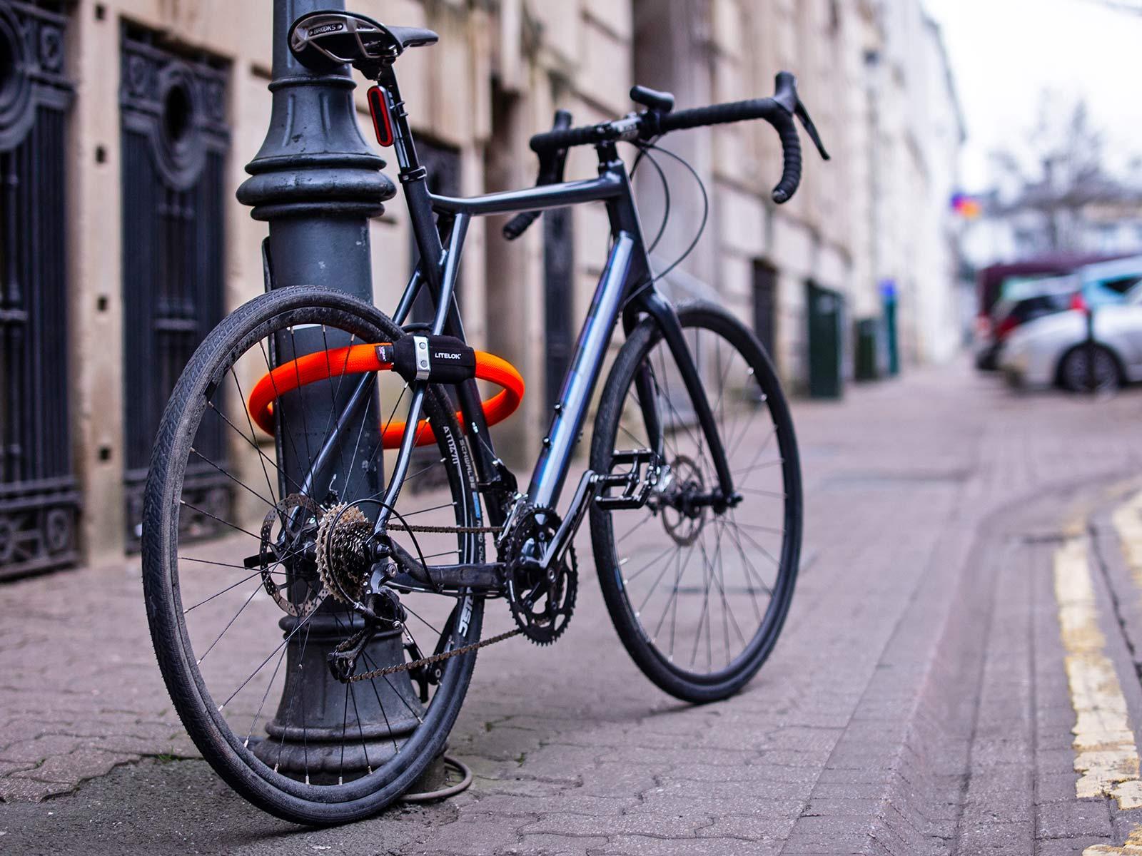 Litelok Core lightweight flexible wearable Sold Secure Bicycle Diamond city bike lock,locked