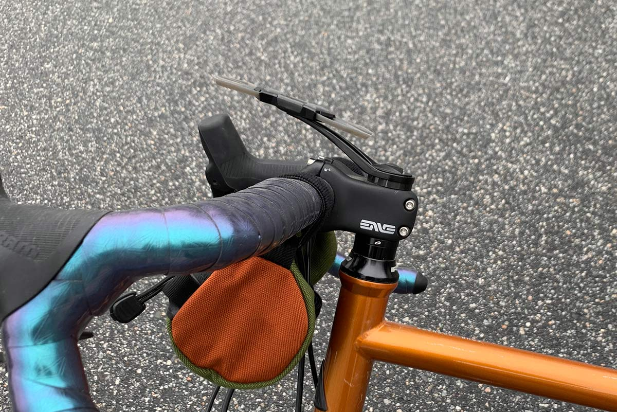 side view of delta x mount pro bicycle smartphone mount for steerer cap