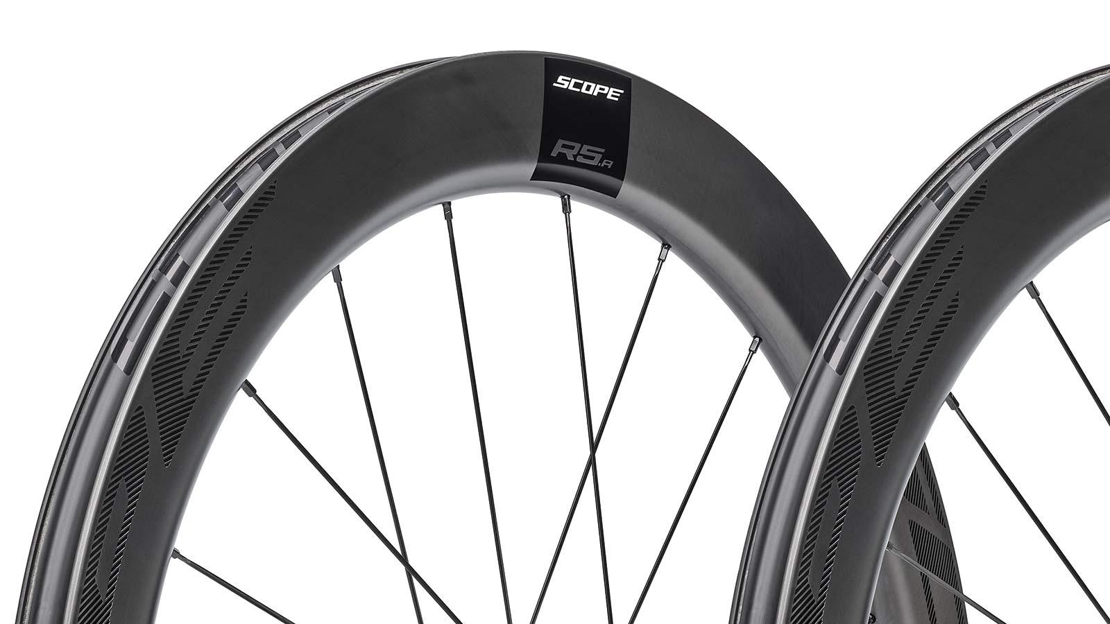 Scope All-Road aero carbon gravel bike wheels, lightweight aerodynamic tubeless rim details