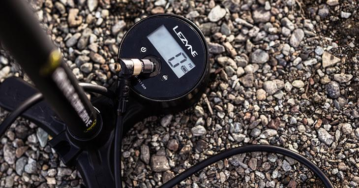 Lezyne Gravel Floor Pumps digital gauge