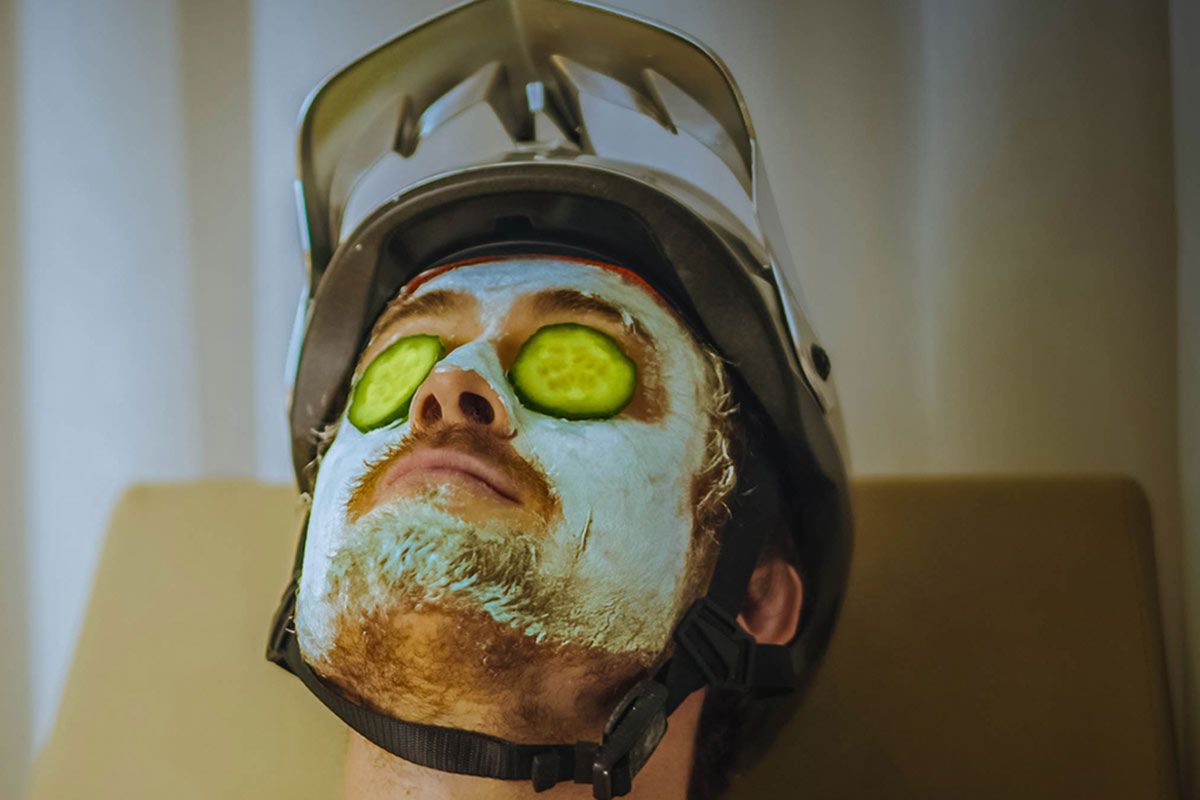 troy lee designs a3 mtb helmet spa scenario sweat glide system
