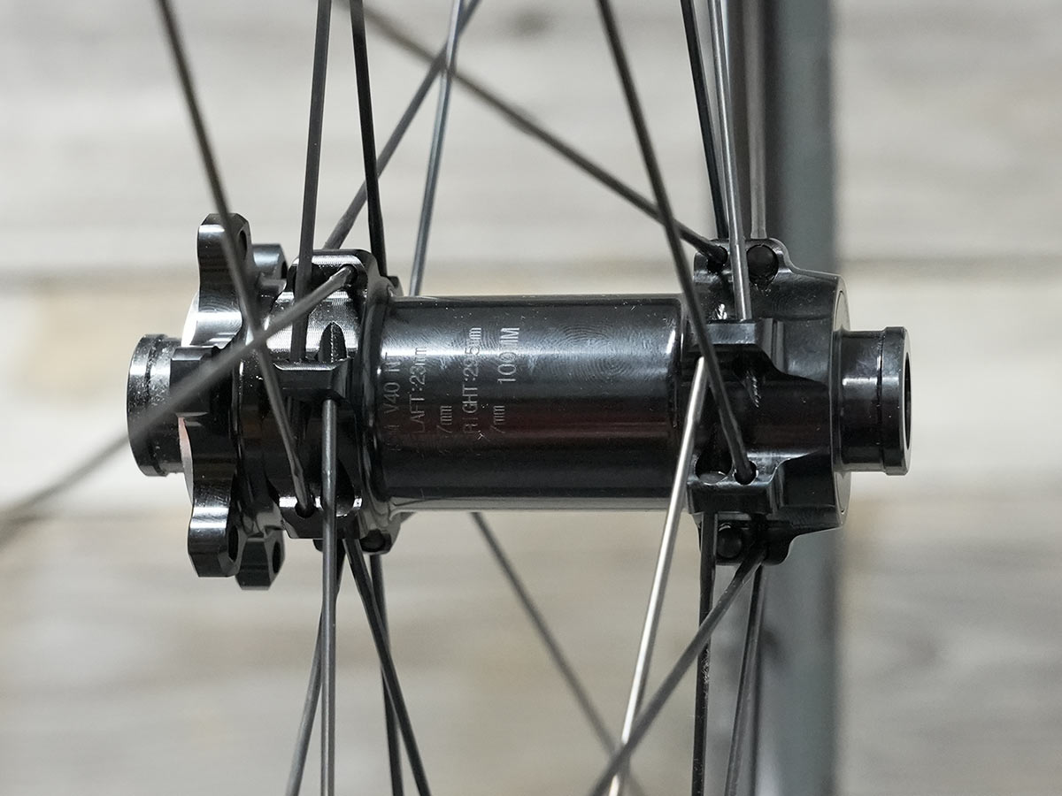 e13 xcx race carbon gravel wheels front hub