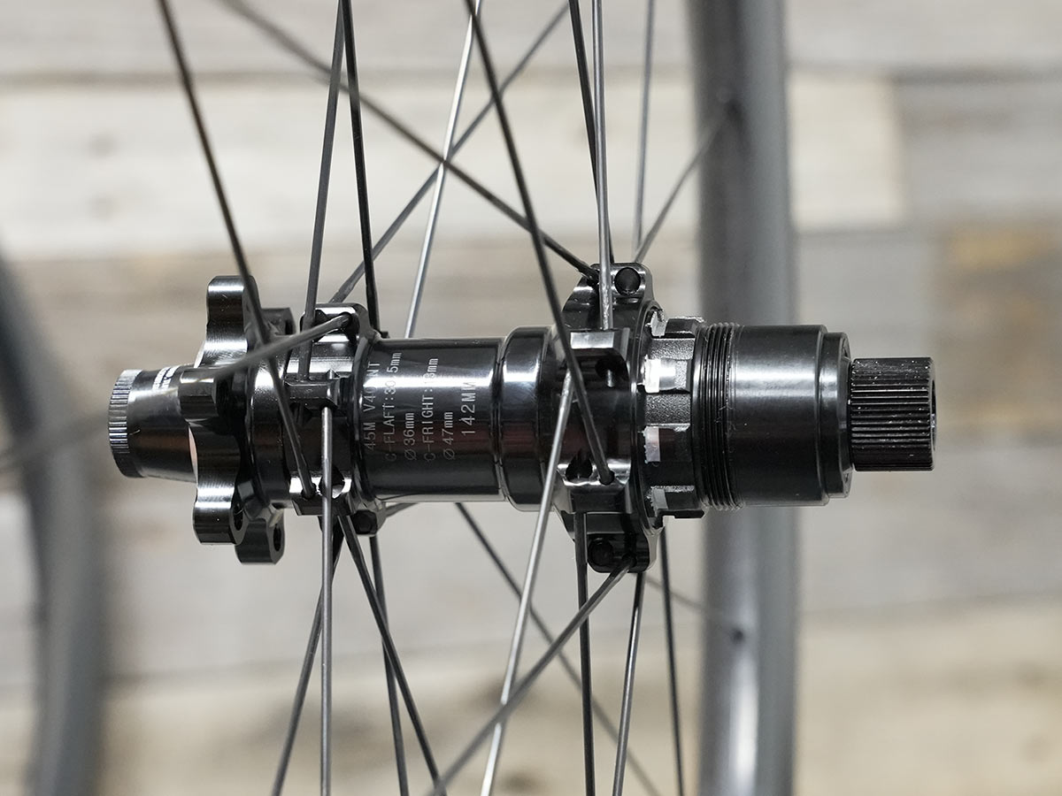 e13 xcx race carbon gravel wheels rear hub