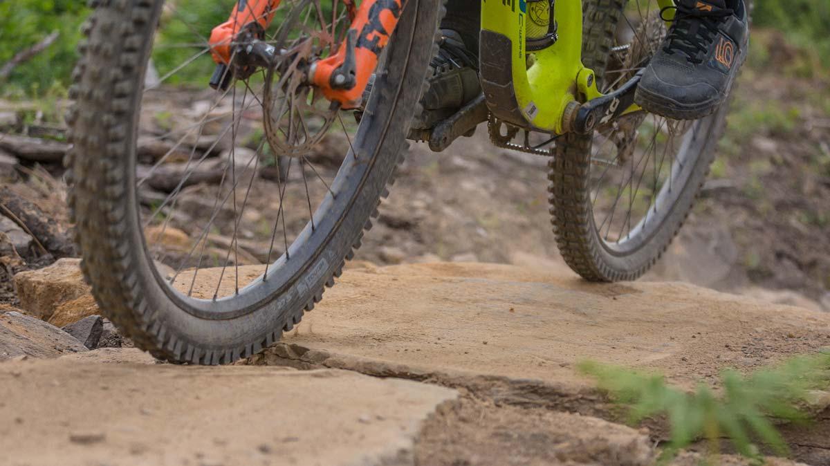 "wtb vigilante best tire pressure 27.5"" wheel rocky terrain"