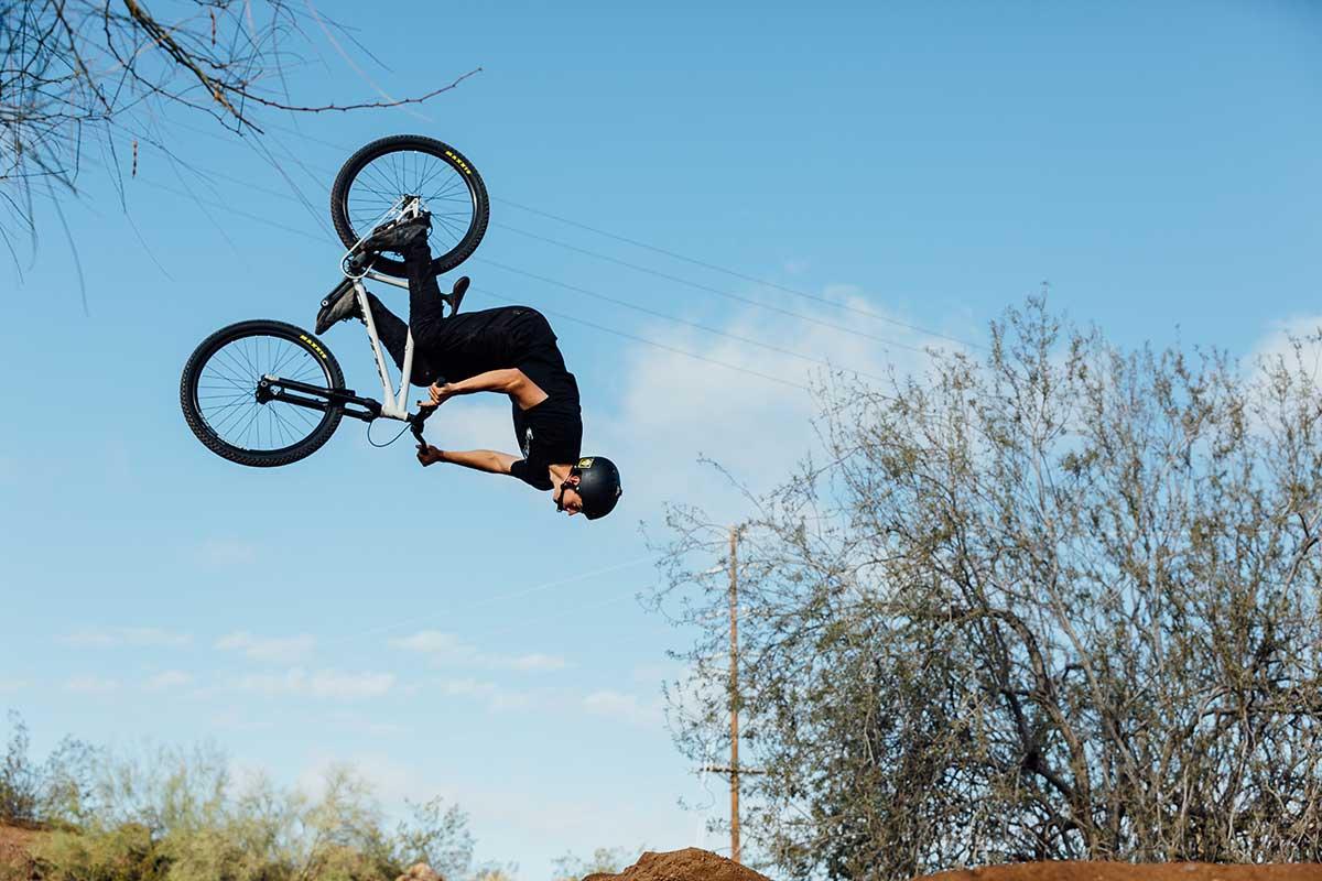 backfliping 2021 pivot point steel dirt jump bike