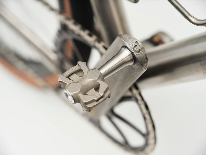 Titanum MyTi 3D printed titanium dual sided clipless pedals