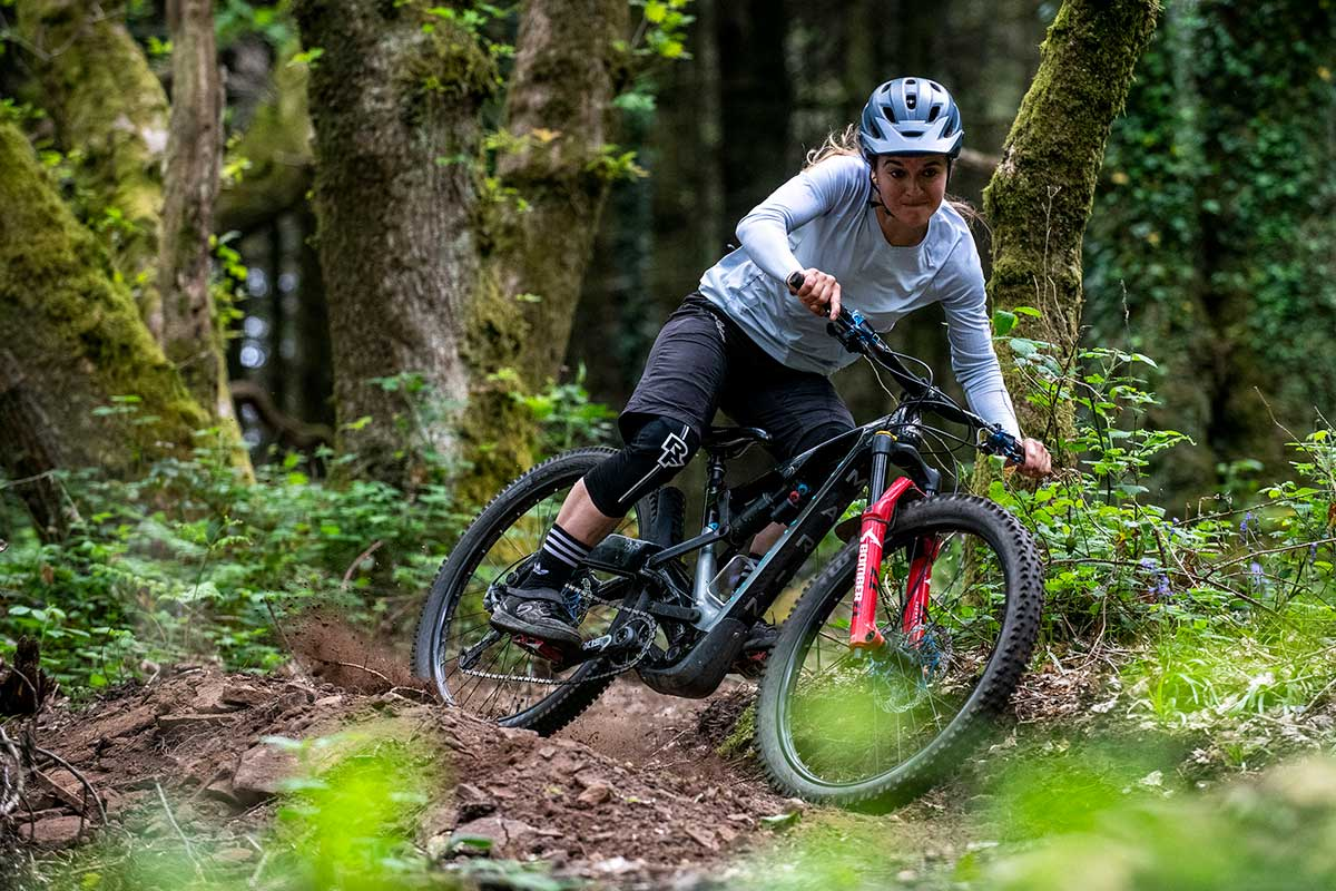 wtb rider veronique sandler shralping turn