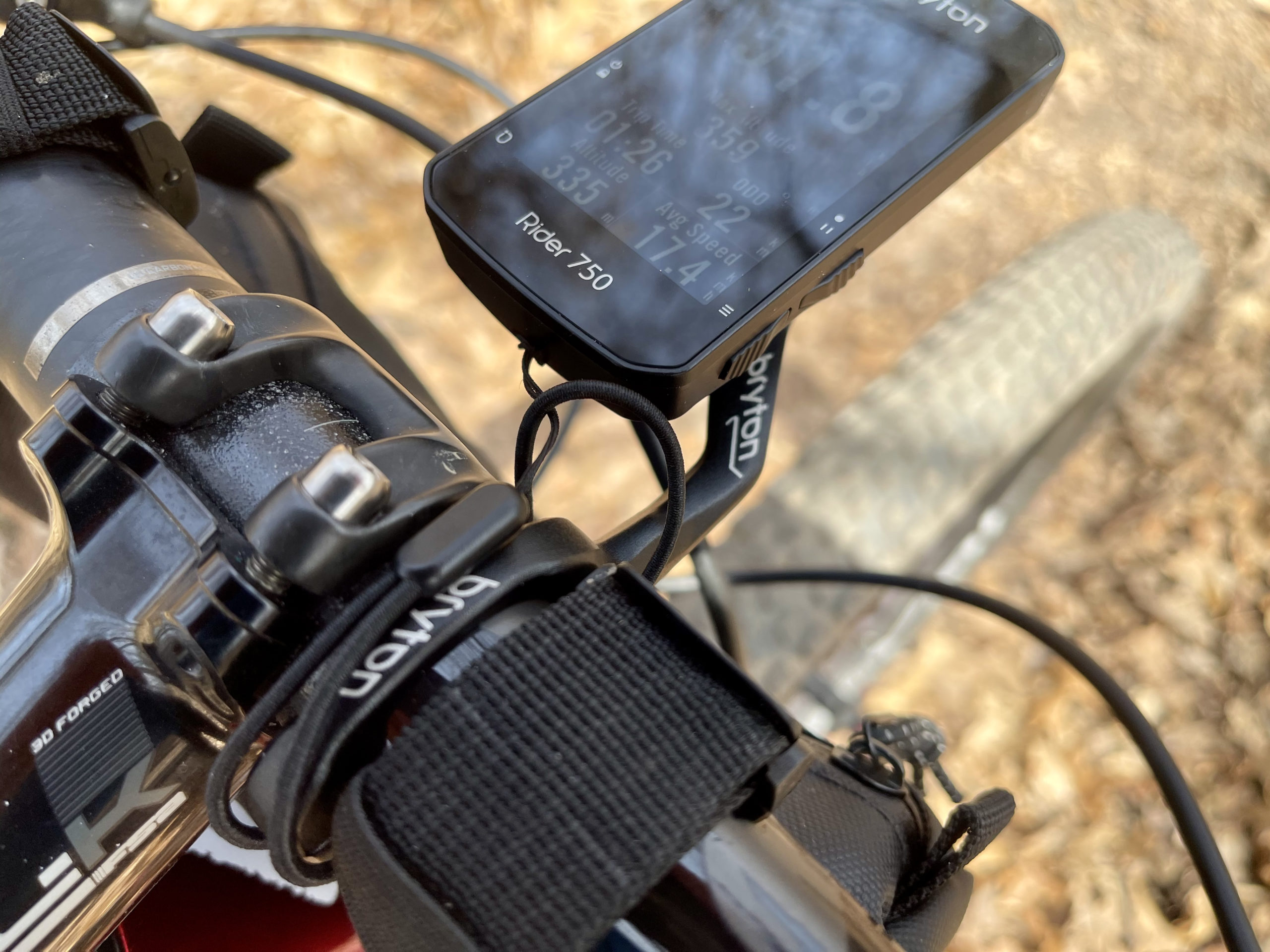 Bryton Rider 750 Review clamp