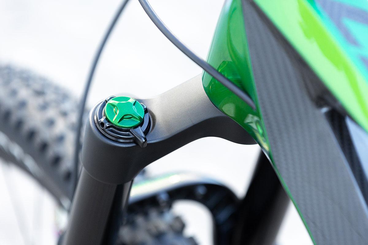 ohlins fork air top cap porsche mamba green custom antidote carbonjack build