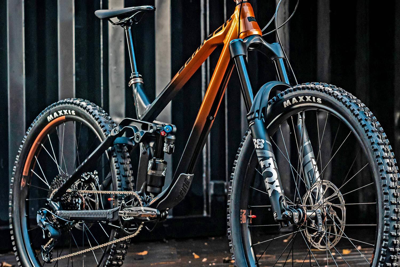 NS Bikes Define AL 170 long-travel mullet enduro plus all-mountain bike, photo by Piotr Jurczak, frame detail
