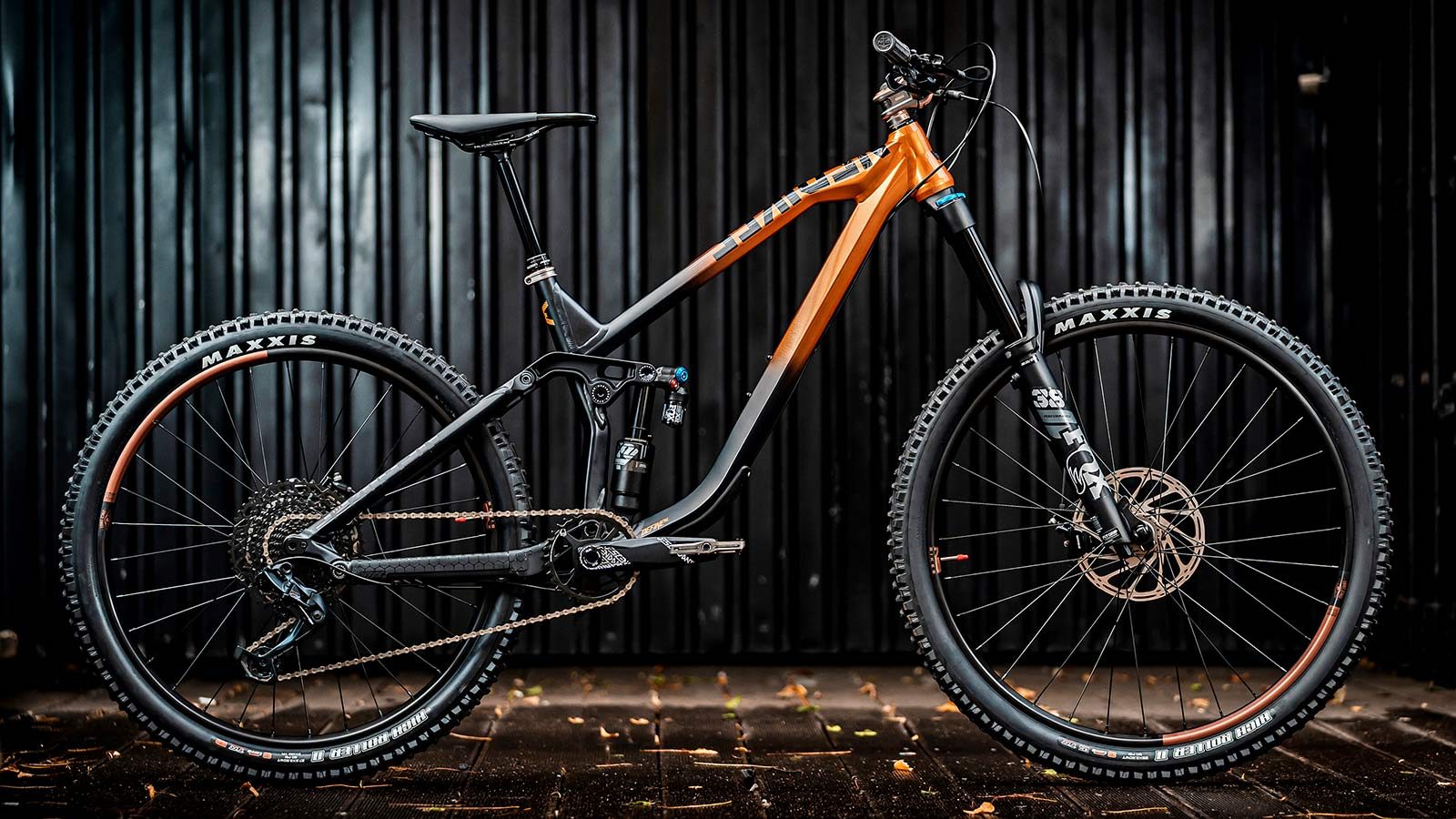 NS Bikes Define AL 170 long-travel mullet enduro plus all-mountain bike, photo by Piotr Jurczak, complete