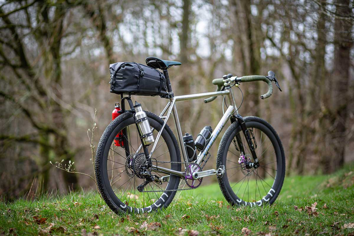 Tailfin add capacity to bikepacking setups w/ updated Alloy Arch and AeroPack mount - Bikerumor