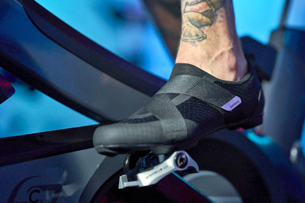 Shimano IC2 walkable indoor cycling spinning shoes