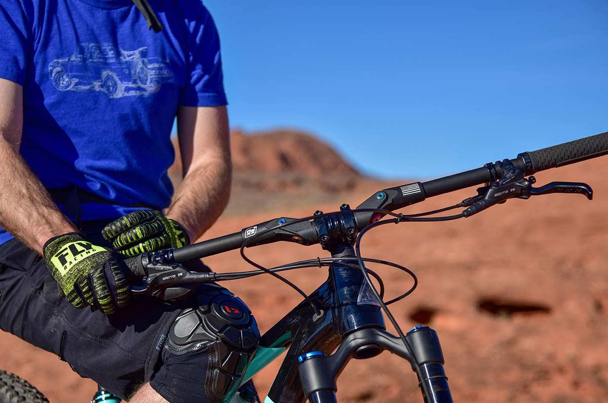 fasst co flexx suspension carbon handlebar mountain biking