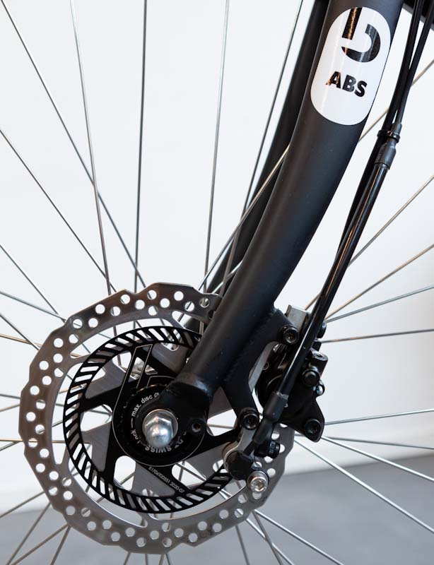 Blubrake e-bike ABS system, Phonic wheel and actuator