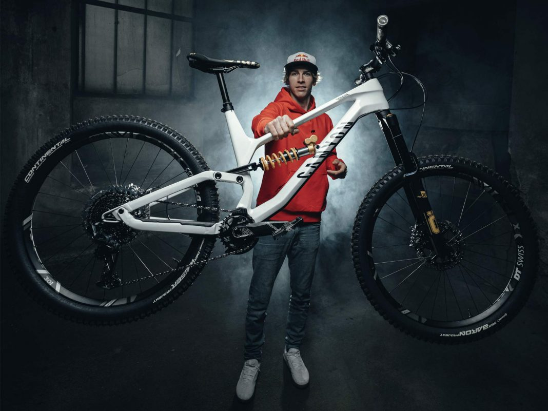 Canyon Torque CF Fabio Wibmer Signature Edition limited pro carbon freeride enduro bike,photo by Hannes Berger