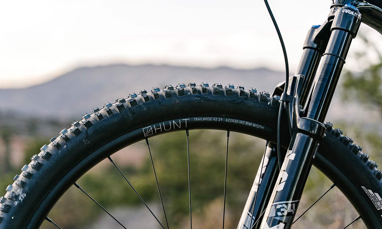 Hunt Trail Wide v2 versatile alloy mountain bike wheels