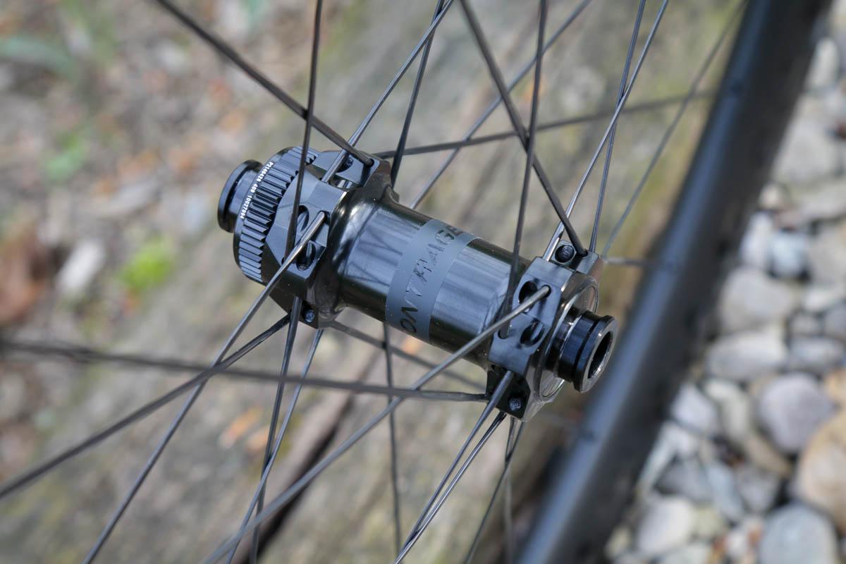 Bontrager Aeolus pro road wheels Dt Swiss front hub