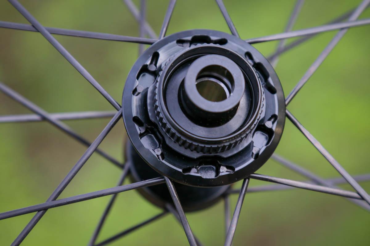 Bontrager Aeolus RSL road wheels hub
