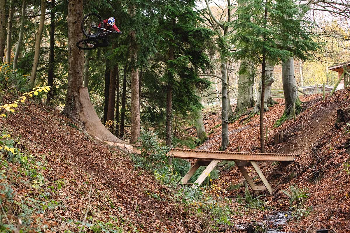 kriss kyle out of season table tree ride