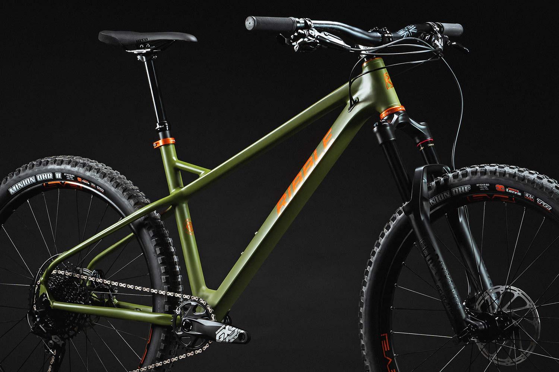 Ribble HT AL 27.5 enduro hardtail 150mm fork mountain bike,detail