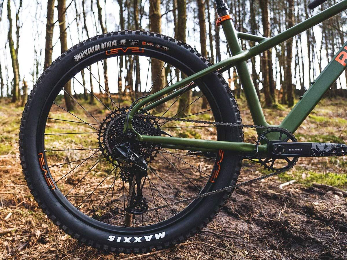 Ribble HT AL 27.5 enduro hardtail 150mm fork mountain bike,rear end detail