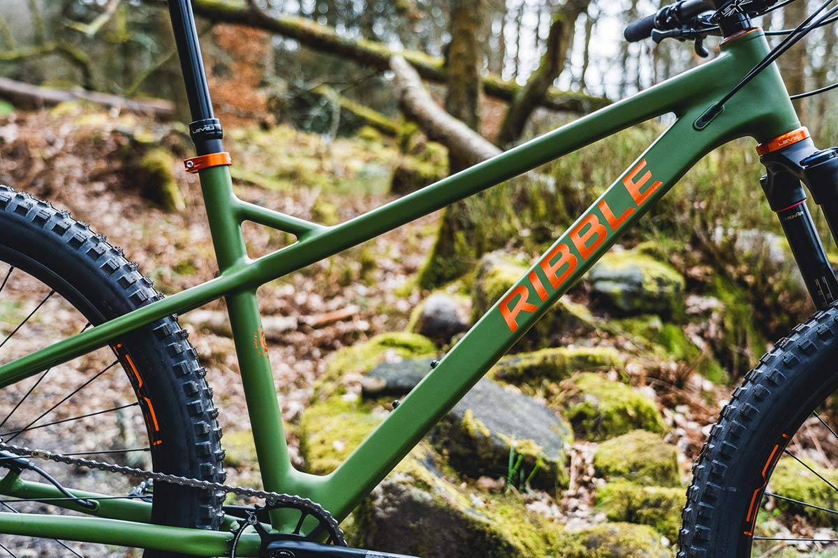 Ribble HT AL 27.5 enduro hardtail 150mm fork mountain bike,frame detail