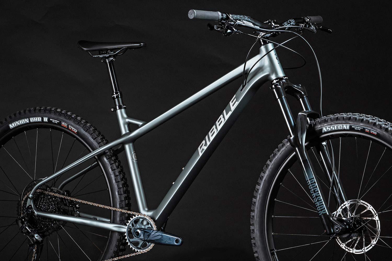 Ribble HT Trail AL 29 all-rounder hardtail 130mm fork mountain bike,detail