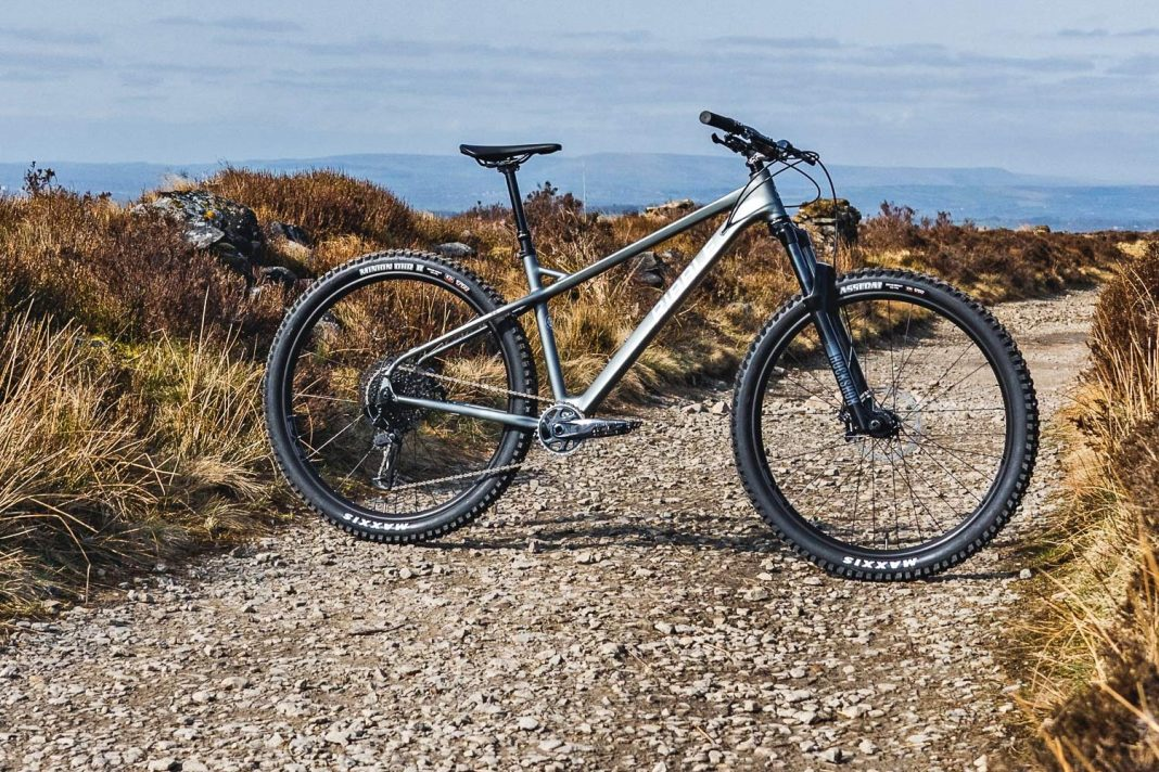 Ribble HT Trail AL 29 all-rounder hardtail 130mm fork mountain bike,complete