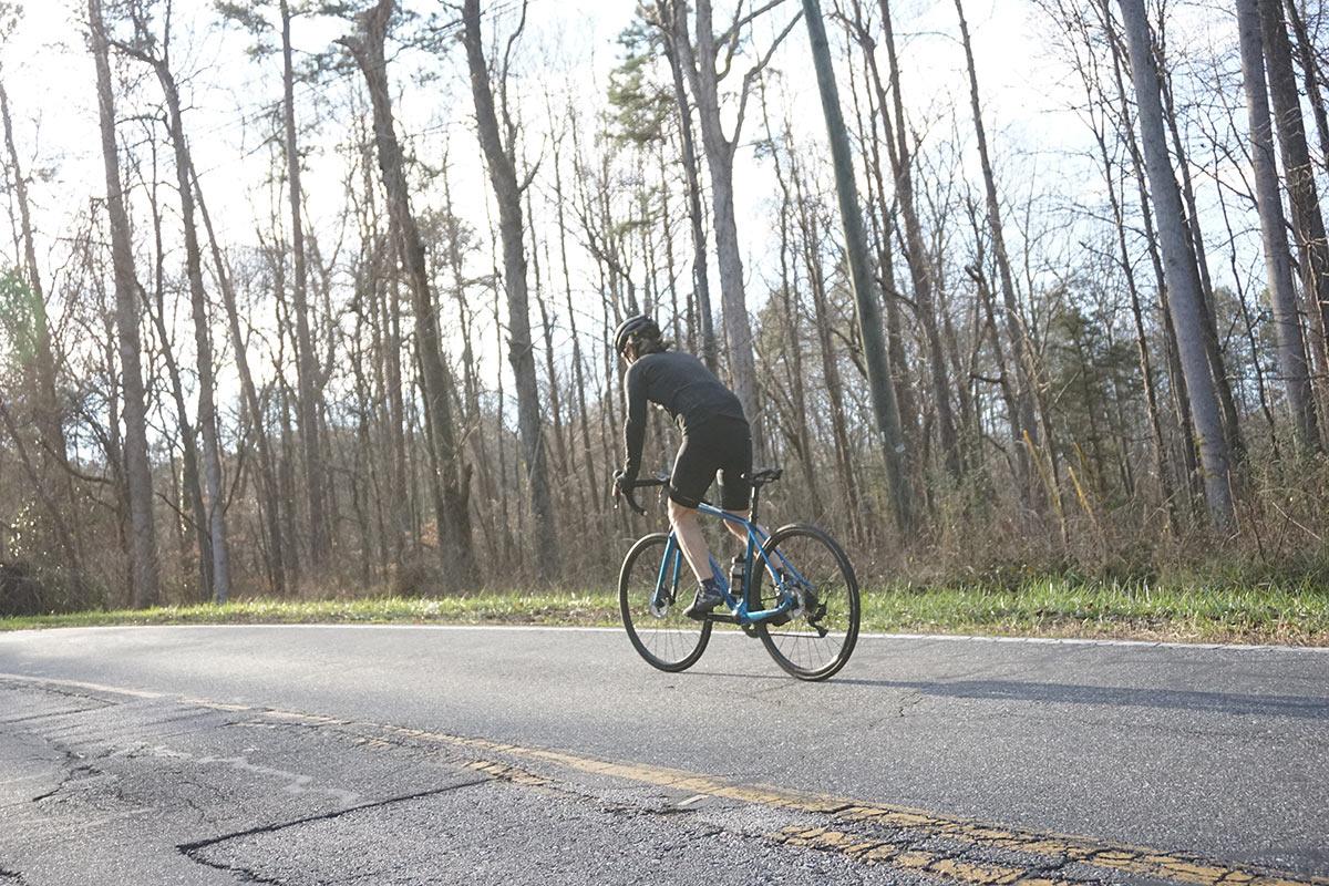felt vr advanced road bike review riding action