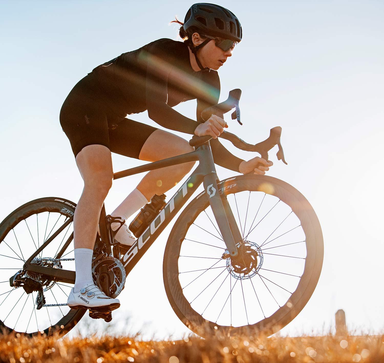 Zipp 353 NSW tubeless wheels, ultra-wide 25mm internal hookless tubeless carbon disc brake road bike wheelset
