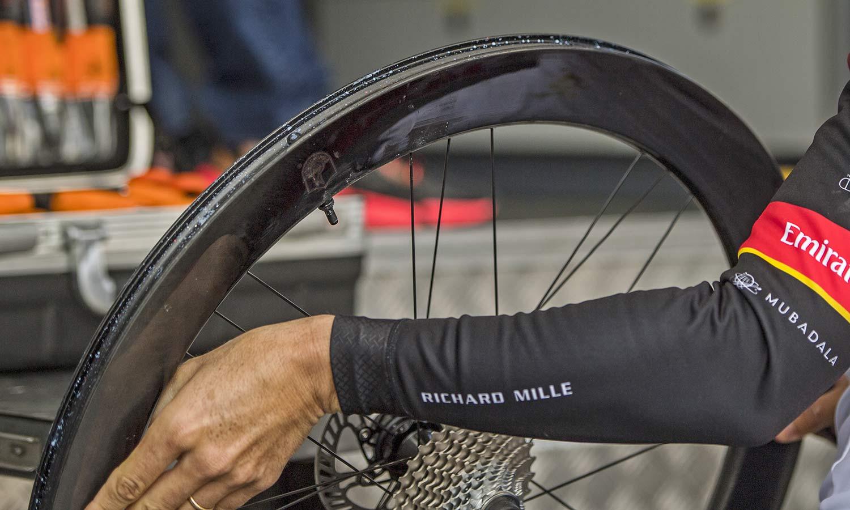 2021 Campagnolo Bora Ultra WTO aero carbon road bike wheelset, tubeless rim detail