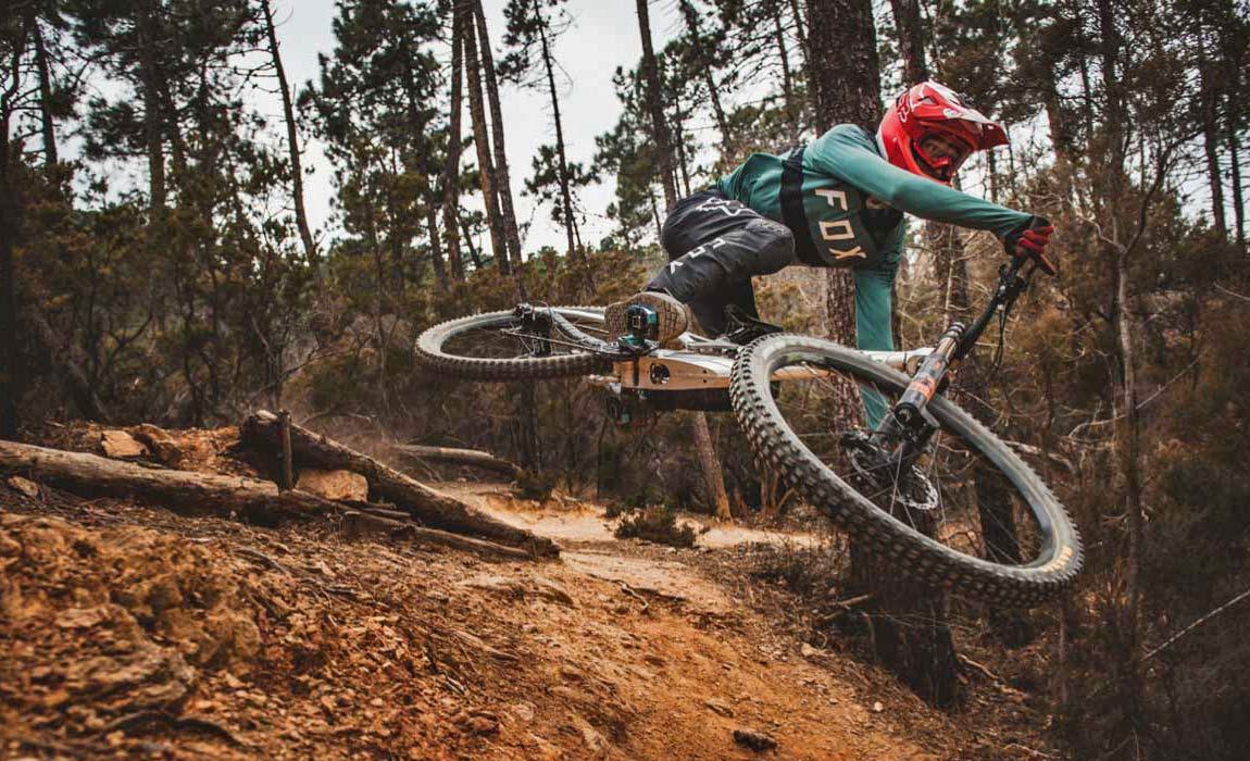 2021 Prime Rocket DH bike, affordable consumer-direct carbon 29er downhill mountain bike,riding testing