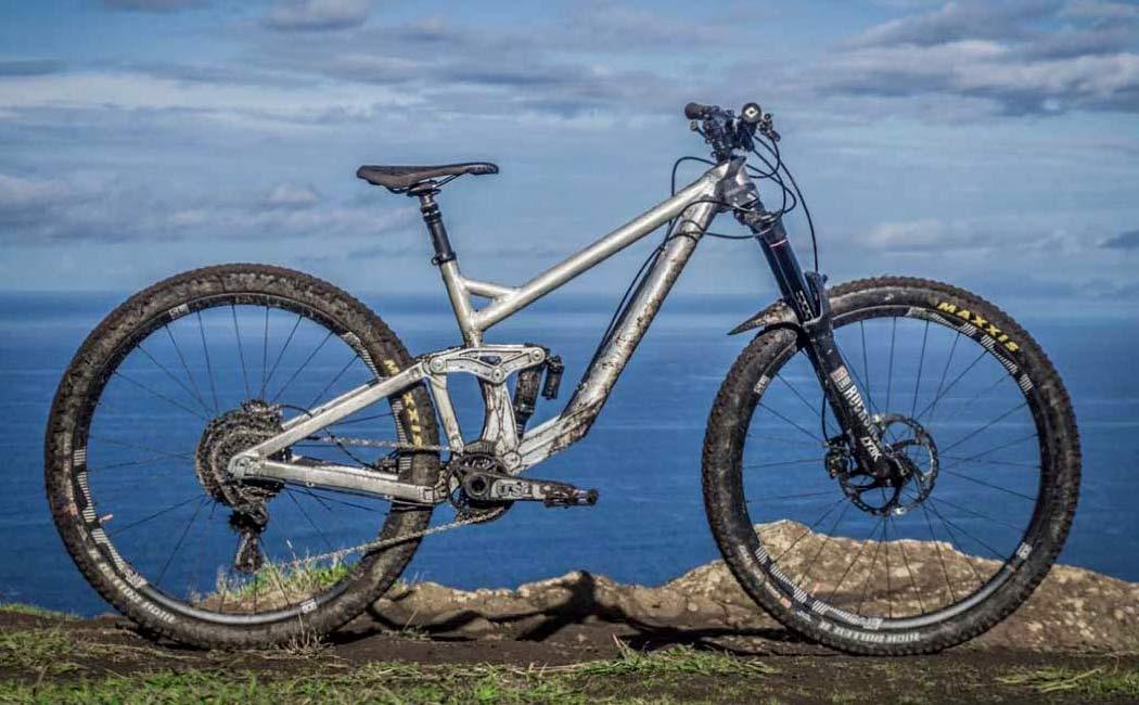 2021 Prime Thunderflash EN bike, affordable consumer-direct carbon 29er enduro mountain bike,Madeira development
