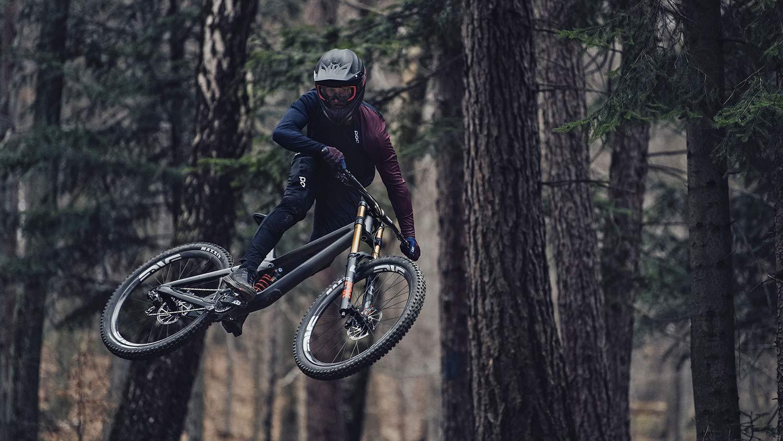 2021 Prime Rocket DH bike, affordable consumer-direct carbon 29er downhill mountain bike,riding air
