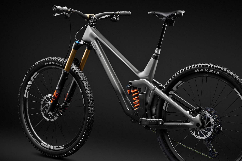 2021 Prime Rocket DH bike, affordable consumer-direct carbon 29er downhill mountain bike,frame angled detail