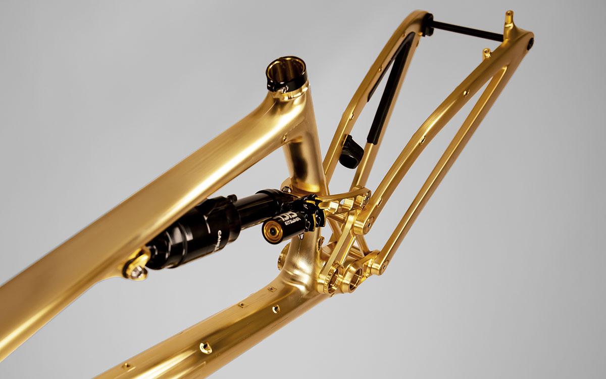 pole stamina remastered gold paint job