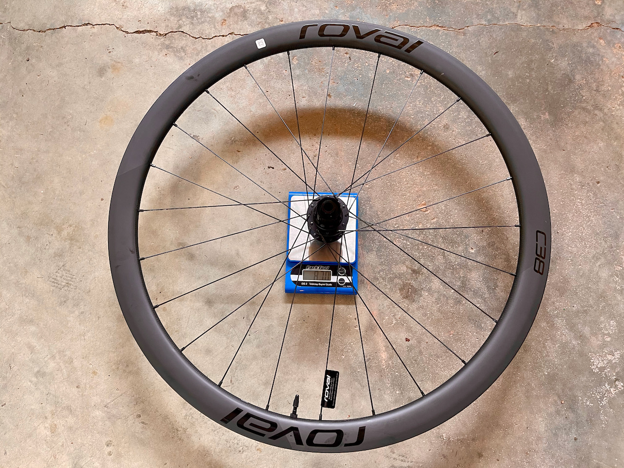 Roval C38 carbon wheels weight