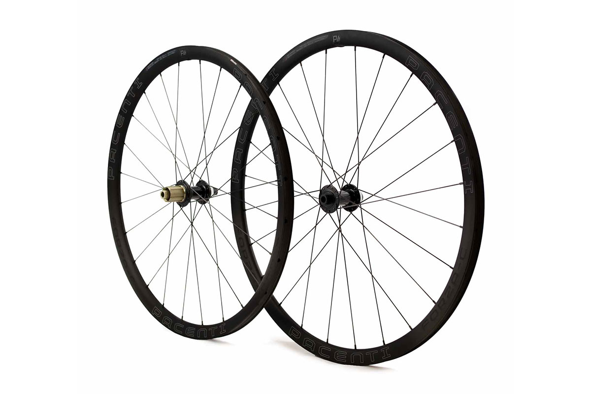 pacenti forza-c wide carbon wheelsets for road gravel 30mm deep rims