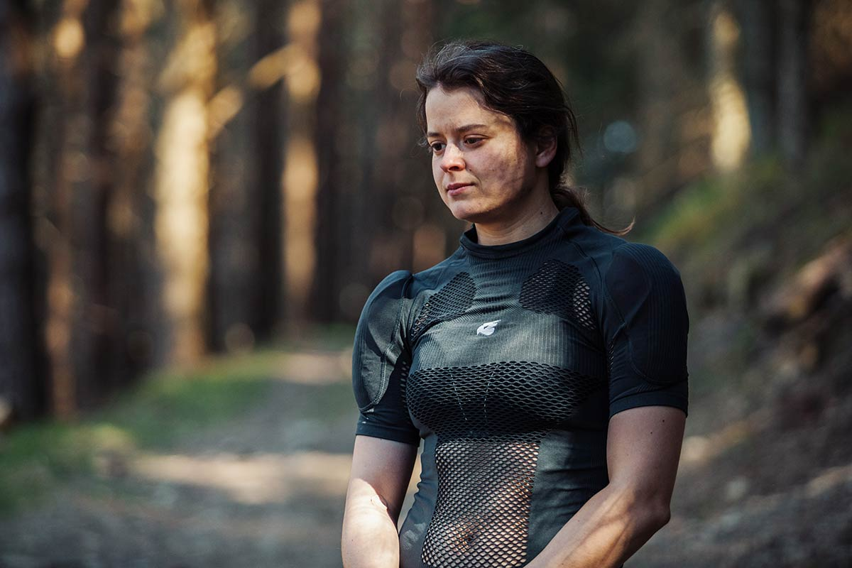 bluegrass seamless b&s back shoulder protection vest review