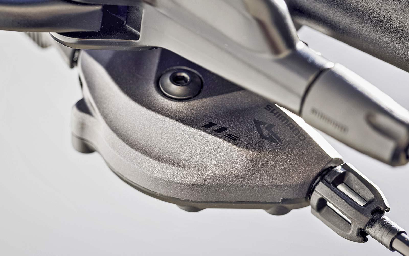 Shimano Deore XT LinkGlide drivetrain is 3x more durable, new LG MTB long-wearing mountain bike groupset,LG logo