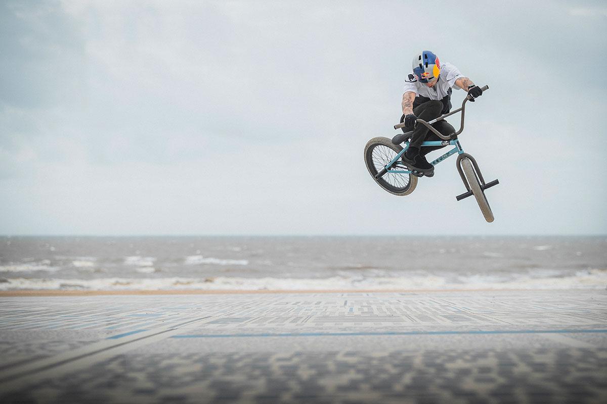 kriss kyle beach side air bmx riding this and that