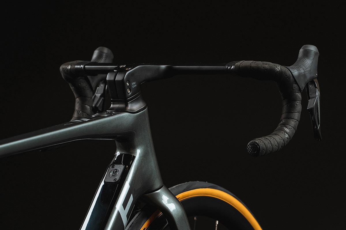 ribble endurance sl e hero eroad bike integrated cable routing handlebar level 5